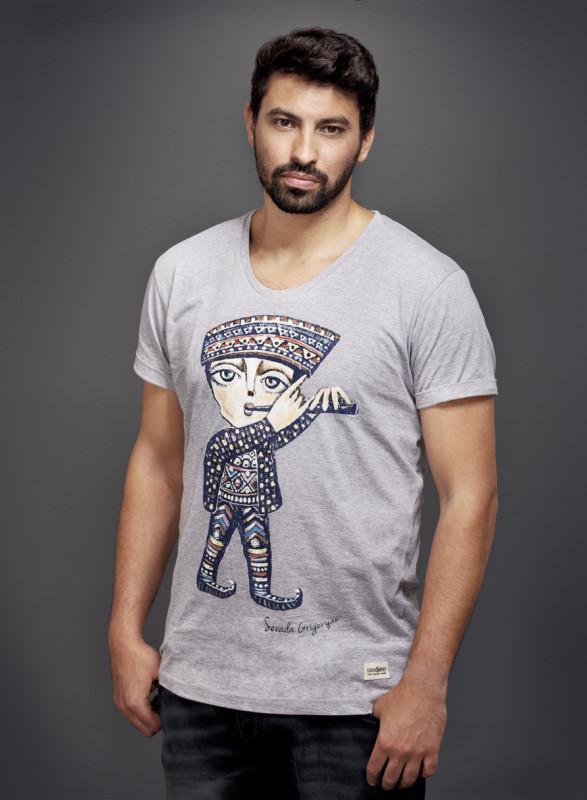 Sevada T-Shirt mit V-Ausschnitt